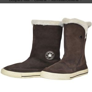 """Converse Chuck Taylor's suede """"Beverly"""" suede boot"""